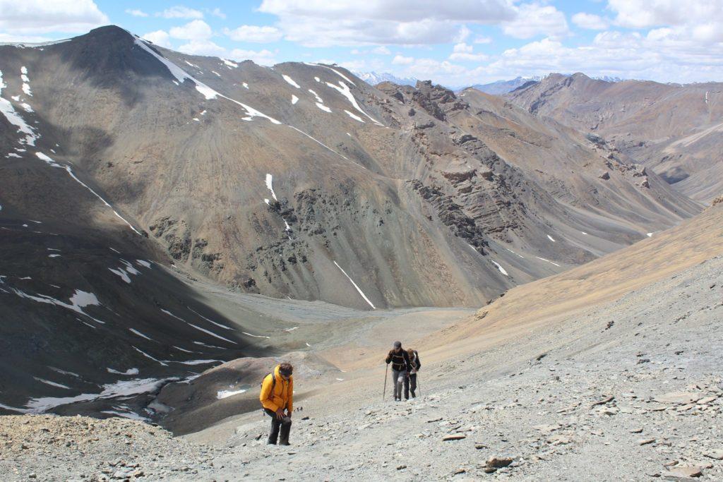 Ascension du col du Phirtse-la au Cachemire en Himalaya