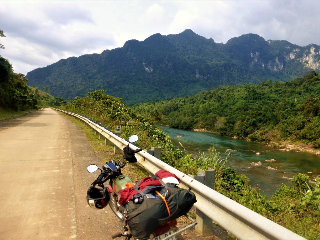 Parcourir le Vietnam à moto